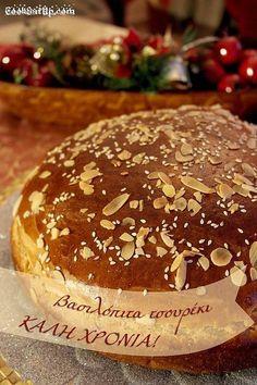 Greek Sweets, Greek Desserts, Greek Recipes, Xmas Food, Christmas Cooking, Vasilopita Recipe, Cyprus Food, Cake Recipes, Dessert Recipes