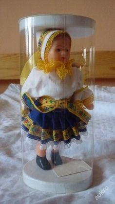 Panenka v kroji Retro 2, Best Memories, Vintage Dolls, Old School, Childhood, Socialism, Czech Republic, Shelving Brackets, Gaming