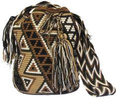 www.mochilaswayuubags.com whatsapp +57 320 345 9226 #wayuu #crochet #handmade #crochet #boho #bohostyle #bohochic #hippie #cartagena Tribal Bags, Bucket Bag, Boho Fashion, Boho Chic, Purses And Bags, Beanie, Tapestry, Backpacks, Hats