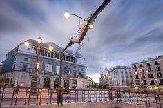 La plaza de Ópera diferente y con misterio...