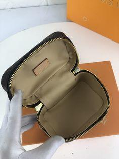 NICE VANITY MAKE UP (9) Lv Tote, Beauty Essentials, Monogram Canvas, Cowhide Leather, Dust Bag, Vanity, Make Up, Zip, Stylish