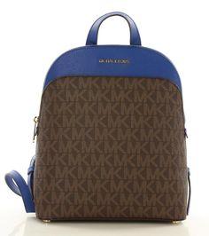 Sportos és elegáns, Michael Kors hátitáska Michael Kors, Backpacks, Bags, Fashion, Handbags, Moda, Fashion Styles, Backpack, Fashion Illustrations