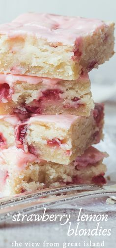 Strawberry Lemon Blondies ~ this easy strawberry dessert is moist and dense, (like soft shortbread) with lots of fresh strawberries and tangy lemon. #recipe #easy #strawberry #bars #cake #dessert, #blondies #lemonbars #easter #mothersday #strawberries #glazed Easy Strawberry Desserts, Strawberry Bars, Recipes With Fresh Strawberries, Strawberry Lemon Cupcakes, Strawberry Brownies, Fresh Strawberry Glaze Recipe, Strawberry Shortbread Recipe, Desserts With Lemon, Strawberry Blondie Recipe