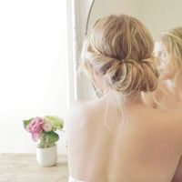 An Elegant Updo in Seconds