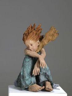 Quand j etais petit 3 Sculptures Céramiques, Art Sculpture, Pottery Sculpture, Sculpture Ideas, Art Bizarre, Different Kinds Of Art, Art Corner, Ceramic Figures, Ceramic Animals
