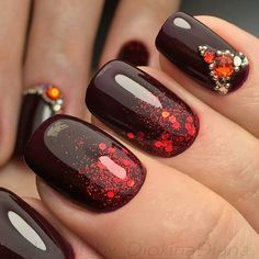 Autumn gel polish for nails Beautiful autumn nails Birthday nails Glitter nails Manicure 2017 Nails for autumn dress Nails trends 2017 Nails with gems Fall Gel Nails, Glitter Manicure, Dark Nails, Gel Nail Polish, Manicure 2017, Bright Nails, Autumn Nails 2017, Gel Manicures, Nail Nail