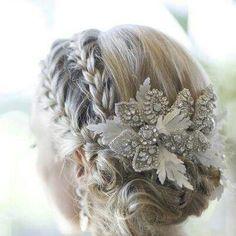 Vintage wedding hairstyles for long hair updo hairdos 45 best Ideas Wedding Hairstyles For Long Hair, Bun Hairstyles, Trendy Hairstyles, Hairstyle Wedding, Hair Updo, Teenage Hairstyles, Bridal Hairstyles, Burnt Hair, Bridal Braids