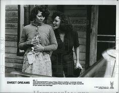 "1985 Press Photo  ""Sweet Dreams"" Ann Wedgeworth Patsy ClineHarris"