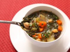 Image from http://www.seriouseats.com/images/2013/02/20130210-hearty-vegetable-soup-vegan-recipe-7.jpg.