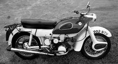 1960 Ariel Arrow Twin Cylinder Two-Stroke Alloy Head Engine Standard Motorcycles, British Motorcycles, Vintage Motorcycles, Cars Motorcycles, Classic Motorcycle, Classic Bikes, Moped Scooter, Vintage Bikes, Biker Style