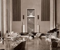 Art deco : in a 30's movie, Hollywood.