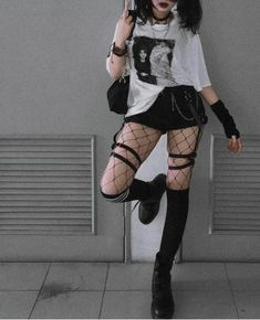 Swaggy Outfits, Edgy Outfits, Teen Fashion Outfits, Retro Outfits, Grunge Outfits, Cute Casual Outfits, Bad Girl Outfits, Mode Harajuku, Kleidung Design