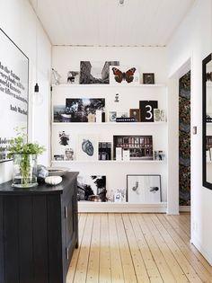 Classicisme suédois | PLANETE DECO a homes world Mucha luz!!!!! Deco banco y negro