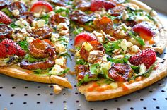 carmelized fig & goat cheese pizza with balsamic glase made with pre made crust