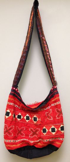 Chinese Hmong Hill tribe Embroidered Purse by WorldofBacara on Etsy $40.00