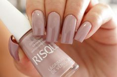 Have you discovered your nails lack of some stylish nail art? Yes, recently, many girls personalize their nails with lovely … Heart Nail Designs, Nail Art Designs, Gorgeous Nails, Pretty Nails, Nude Nails, Acrylic Nails, Uñas Diy, Sns Nails Colors, Pointed Nails