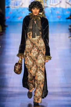 Anna Sui Autumn/Winter 2017 Ready to Wear Collection | British Vogue