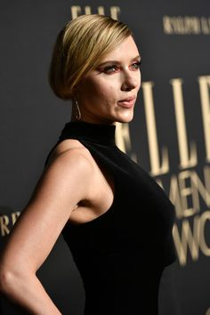 Scarlett Johansson Photos - Scarlett Johansson attends ELLE