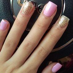 Sns nail designs · nice light pink and gold glitter nails gold glitter nails, pink nails Short Square Acrylic Nails, Square Nails, Sns Nails, Cute Nails, Shellac, Pretty Nails, Nail Lacquer, Nail Polish, Nail Nail