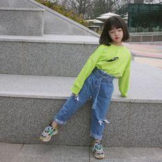 - 𝕻𝖆𝖗𝖐 𝕵𝖎𝖒𝖎𝖓 - 𝕶𝖎𝖒 𝕷𝖊𝖎𝖆 𝕵𝖎𝖒𝖎𝖓,𝖚𝖓 𝖍𝖔𝖒𝖒𝖊 ? Cute Asian Babies, Korean Babies, Cute Korean Girl, Cute Babies, Mode Ulzzang, Ulzzang Kids, Fashion Kids, Cute Baby Girl Pictures, Cute Little Baby
