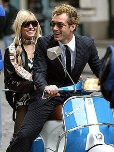 Sienna Miller + Jude Law + Vespa.
