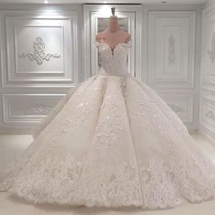 Luxury Shiny Wedding Dresses Sweetheart Princess Lace Rhinestones Bridal Gowns