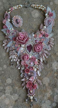 """Комплекты украшений ручной работы. Ярмарка Мастеров - ручная работа. Купить Комплект """"Розовое утро"""". Handmade. Бледно-розовый ANOTHER WONDERFUL NECKLACE BY YULI-YA"""
