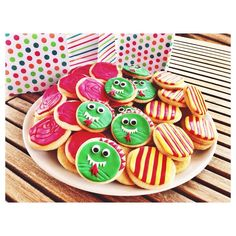 Galetes de Sant Jordi. Sant Jordi's cookies.