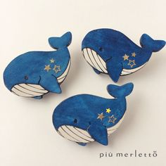Shrinky Dinks, Ocean Art, Polymers, Boro, Polymer Clay Jewelry, Whale, Diy And Crafts, Dinosaur Stuffed Animal, Felt