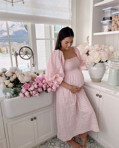 Cute Maternity Outfits, Stylish Maternity, Pregnancy Outfits, Maternity Pictures, Maternity Wear, Maternity Fashion, Pregnancy Photos, Maternity Dresses, Maternity Styles