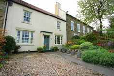 The Green, West Cornforth, Ferryhill 2 bed cottage - Coal Effect Gas Fire, Double Glazed Sash Windows, Vaulted Ceiling Kitchen, Central Heating Radiators, Log Burning Stoves, Paved Patio, Timber Door, Low Maintenance Garden, Patio Seating