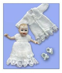 how to: knitted baby booties by Jan's minis (AIM #50, page 20)