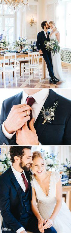 Die Hochzeitslocation mit Kronleuchtern und Stuckdecken, hat eine edle königliche Atmosphäre - perfekt für elegante Hochzeiten. Gläser, Tisch und Stühle haben einen unaufdringlichen Vintage Chic, der sich nicht in den Vordergrund spielt. Entdeckt hier den gesamten Styled Shoot.