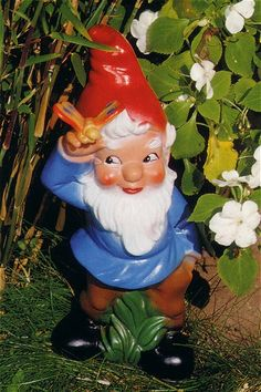 Vintage gnomes. Love the rosey cheeks