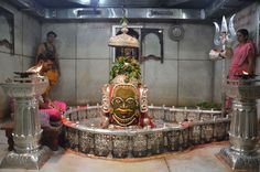 The presiding deity in the temple is #LordShiva. Lord Shiva in the linga form is believed to be powerful.This temple is called the #Mahakaleshwar Jyotirlinga, which is one of the abodes of Lord Shiva and is supposed to be one of the #Jyotirlingas'. It is located in #Ujjain in #MadhyaPradesh by the #RudraSagarlake.
