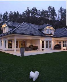 30 Most Popular Dream House Exterior Design Ideas 11 - homeexalt Metal Building Homes, Metal Homes, Building A House, Design Exterior, Modern Exterior, Budget Home Decorating, Interior Decorating, Steel House, Dream House Exterior