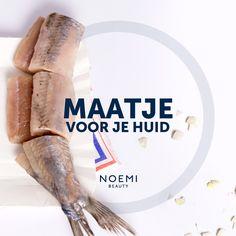 Hij is er weer, de Hollandse Nieuwe!  Lees hier waarom je huid er zo blij mee is: http://noemibeauty.nl/blog/maatje-voor-je-huid #haring