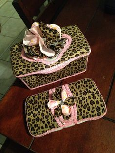 Cheetah Baby Wipe Case and Tub