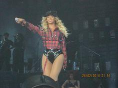 Beyoncé Performing At LG Arena Birmingham 24.2.2014
