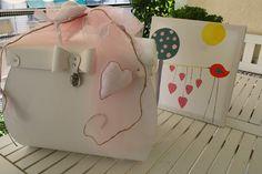 γιαουρτοπόταμος: βάπτιση με λινές καρδιές Suitcase, Blog, Suitcases, Blogging