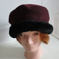 80s navy wool beret women hat medium 10.5 inches Beatnik Look ... 098c679538a9