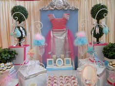 Awesome backdrop for a princess party!