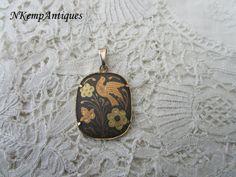 Damascene pendant by Nkempantiques on Etsy