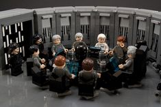 MOC_IDSMO-R2_I-find-your-lack-of-faith-disturbing-3   Flickr