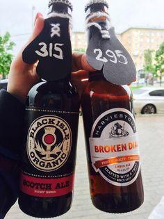 """Пока московское лето продолжает """"радовать"""" нас погодой😂мы подобрали для вас парочку сортов по весьма привлекательной цене, специально для скорых тёплых вечеров 😉Это рубиновый Scotch ale от Black Isle и янтарный Broken dial от Harviestoun 😊  Заходите в гости🍺  #brawlerspub #pub #irishpub #moscowpubs #beer #amberale #scotchale #blackisle #harviestoun #tastybeer #пабымосквы #ленинскийпроспект #академическая #университет #пиво"""