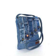 Recycled messenger bag by sisoi
