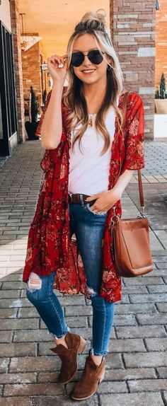 51 Stylish Spring Outfits Ideas Source by luvlyoutfits chic outfits spring Kimono Outfit, Cardigan Outfits, Boho Outfits, Fall Outfits, Casual Outfits, Fashion Outfits, Summer Cardigan Outfit, Red Outfits For Women, Spring Outfits Women Casual