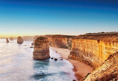 Cliff at Sunset in Australia - Wizard + Genius - World of Wall Murals and Wall Decoration! Wizard + Genius – World of Wall Murals and Wall Decoration! Ocean Wallpaper, Photo Wallpaper, Wallpaper Murals, How To Apply Wallpaper, Costa, Australia Wallpaper, Scuba Diving Australia, Dubai, New Zealand Tours