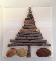 Holiday tile with sticks and stones SNS DESIGNS