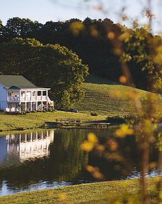 An all-inclusive wedding venue nestled in the gorgeous countryside just south of Nashville, TN.
